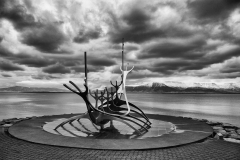 D 9 ICELAND LONGBOAT by Phil Edwards