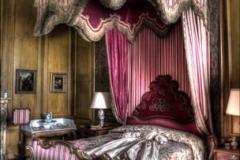 Scarlet_Bed_PH